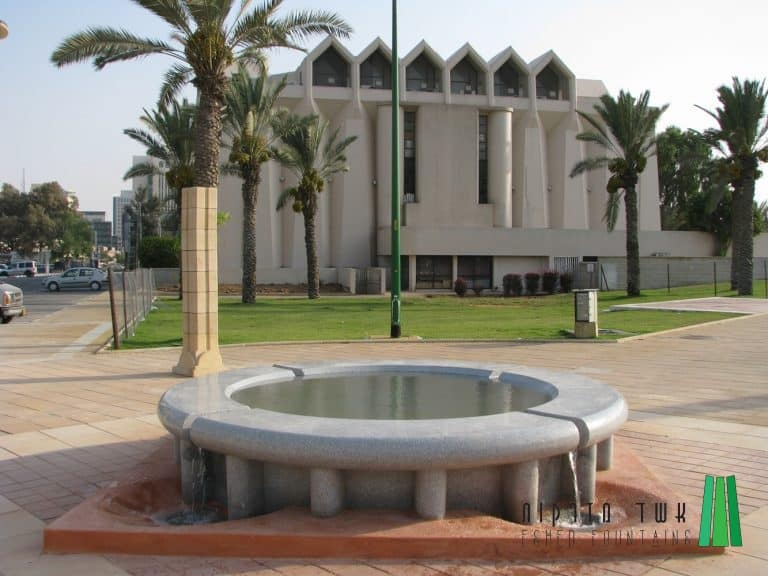 כניסה-רחזית-בית-יד-לבנים167